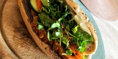 Vietnamská bageta bánh mi pa-te