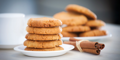 Ovesné skořicové sušenky sořechy amedem